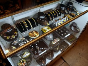 Russian_Traditions_retail_store_05